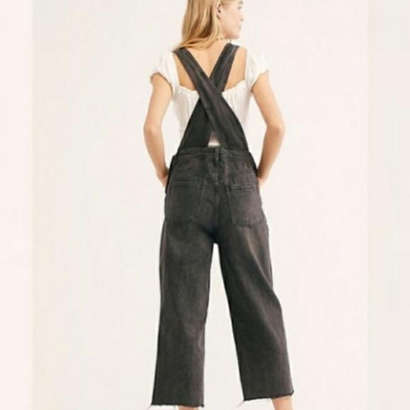 Free People Denim - Free People Black Baggy Black Denim Overalls Jeans